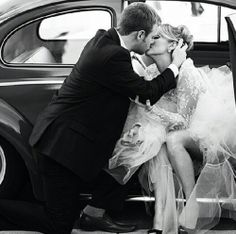 Bride and groom Get-away car kiss.  NewImageWeddingPhotography.com San-Antonio -Tx-Wedding-Photography