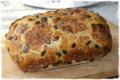 Kürbiskernbrot 450 g Wasser ½ Würfel Hefe 3 Min./37°/St.1 250 g Dinkelmehl 630er 400 g Mehl 550er 100g Kürbiskerne ... Bread Bun, Pan Bread, Bread N Butter, Bread Rolls, Bread Baking, German Bread, Sandwiches, Pampered Chef, Daily Bread