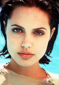 Fan Art of Angelina for fans of Angelina Jolie. Angelina Jolie Photoshoot, Angelina Jolie 90s, Angelina Jolie Pictures, Lee Strasberg, Divas, Jolie Pitt, Portraits, Woman Crush, My Beauty