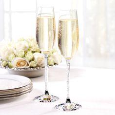 Swarovski Champagne Toasting Flutes | #exclusivelyweddings