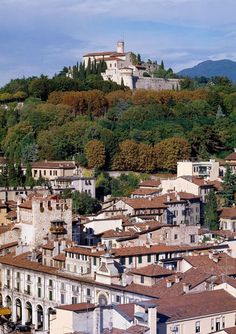 Lake Iseo and Surroundings - Lovely city of Brescia - www.iseosee.info I was married here!