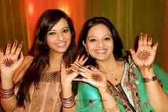 Isha Chawla With her Sister