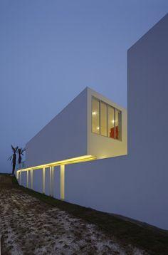 Casa en Playa La Jolla, Peru / Architect: Juan Carlos Doblado