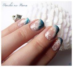 winter or Xmas nail art
