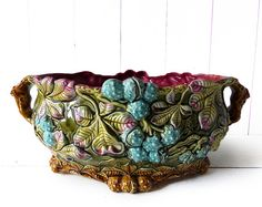 Majolica Onnaing Planter Jardinière Antique by LaLoupiote