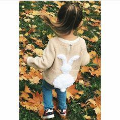 Стильный свитер для девочки от @madamspica __________________ Хотите попасть в нашу ленту? Отмечайте нас на фото! Публикация бесплатно! Наш хеш тег #handmade_babykids ___________________ #handmade #ручнаяработа #дети #baby #творчество #мастер #мама #ямама #инстафото #хендмэйд #вдохновение #ямама #инстамама #вожиданиичуда #подарок #длядочки #доченька #сыночек #иг #лайк #вязаныйсарафан #вязание #ручнаяработа #вяжутнетолькобабушки #вязаниедлядетей