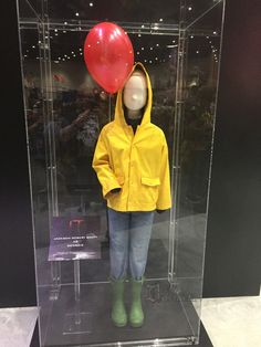 I want to be Georgie so bad for Voodoo one day Nerd Halloween Costumes, Purim Costumes, Boy Costumes, Halloween 2017, Halloween Town, Halloween Cosplay, Cosplay Costumes, Costume Ideas, Nurse Costume