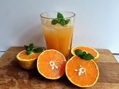 Friskpresset appelsinjuice med mynte  www.ninnastyle.dk