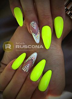 Neon nail art design makes your nails bright and shiny. The energy you can see in neon nails. When you wear neon nails, you can choose yellow. This is an attractive article. Today, we have collected 77 stunning yellow neon nail art designs to beau Neon Yellow Nails, Summer Nails Neon, Neon Nail Art, Neon Nail Polish, Cute Acrylic Nails, Neon Nails, Cute Nails, My Nails, Nail Polishes