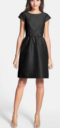 Holiday Must-have: little black dress http://rstyle.me/n/qmq7in2bn