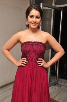 Red Sari, Black Saree, Maroon Gowns, Green Lehenga, Photoshoot Images, Strapless Dress Formal, Formal Dresses, Actress Pics, Hottest Pic