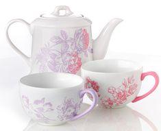 Great Gift for Mom - #DIY Martha Stewart Floral Tea Set from @Plaid Crafts #MarthaStewart
