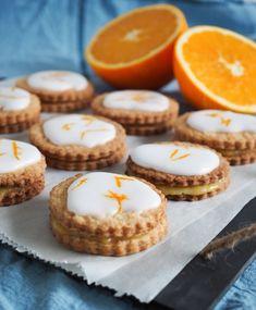 Hjemmelavet orange curd, limecurd, stop spild af mad, stop food waste, kage, småkager, orangesnitter, hindbærsnitter