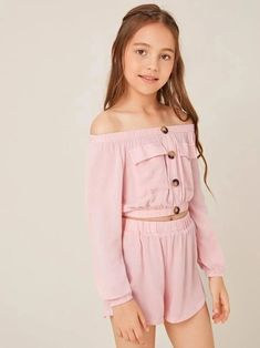 like the top and the bottom Cute Little Girls Outfits, Kids Outfits Girls, Dresses Kids Girl, Cute Summer Outfits, Kid Outfits, Preteen Fashion, Girls Fashion Clothes, Teen Fashion Outfits, Crop Top And Shorts