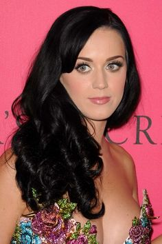 Katy Perry At Arrivals For The VictoriaS Secret Fashion Show - Arrivals Canvas Art - x Katy Perry Fotos, Kati Perri, Katy Perry Pictures, Victoria Secret Fashion Show, Hairstyles With Bangs, Her Hair, Hair Inspiration, Beautiful Women, Beautiful Eyes