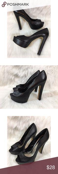 Zigi Soho Platform Heels A gorgeous pair of Zigi Soho shoes. Size 9 1/2. Style is Kelis. Heel height is 6 inches. Black leather.  110716GW400 (B) Zigi Soho Shoes Platforms