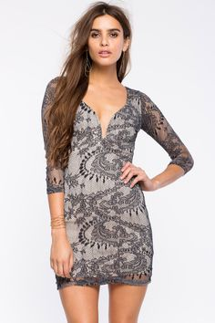 Нежное кружевное платье-футляр Размеры: S, M, L Цвет: черный Цена: 2482 руб.  #одежда #женщинам #платья #коопт