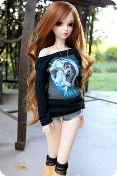 This doll defines me Cute Cartoon Pictures, Cute Cartoon Girl, Beautiful Barbie Dolls, Pretty Dolls, Ooak Dolls, Blythe Dolls, Cute Girl Hd Wallpaper, Accessoires Barbie, Barbie Images