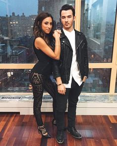 Danielle and Kevin Jonas ♥ Danielle Jonas, Nick Jonas, Date Outfit Casual, Hot Teens, Famous Stars, Famous Couples, Jonas Brothers, Dark Photography, Music Download