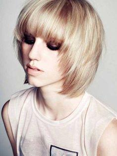 Cortes de pelo corto con flequillo para el pelo fino //  #Cortes #corto #fino #Flequillo #para #pelo