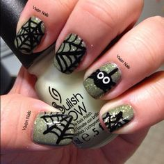 spiderweb nails :) Photo by vixen_nails Halloween Nails, Halloween Make Up, Halloween Crafts, Mani Pedi, Pedicure, Cute Nails, My Nails, Piercing, Make Up Tricks