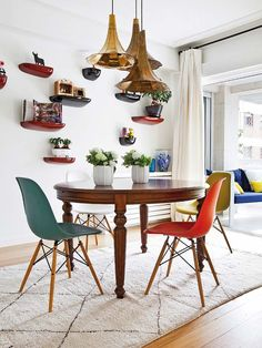 3 Sparkling Tips AND Tricks: Colorful Lamp Shades Ideas ikea lamp shades makeover.Lamp Shades Ideas How To Make. Shabby Chic Lamp Shades, Rustic Lamp Shades, Wall Lamp Shades, Floor Lamp Shades, Colorful Apartment, Dining Room Inspiration, Eames Chairs, Deco Design, Sweet Home