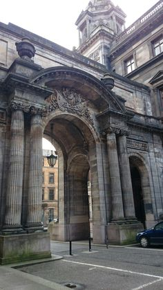 Glasgow City Chambers - the Johm Street Arches