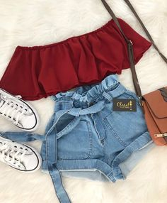 Hot trends🔥 Simple;but simply cute T r y T h i s waisted - Kleidung - Summer Dress Outfits Teen Fashion Outfits, Mode Outfits, Cute Fashion, Look Fashion, Fashion Ideas, Trendy Teen Fashion, Dress Fashion, Dress Outfits, High Fashion