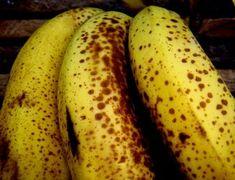 Sabe o que acontece ao seu corpo quando come bananas muito maduras? Nem imagine! - Ideal Receitas