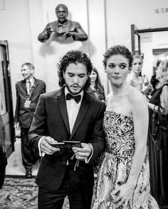 Rose Leslie and Kit Harington backstage at the Olivier Awards (x) Kit Harington, Celebrity Skin, Celebrity Couples, Famous Couples, Couples In Love, Beautiful Celebrities, Beautiful People, Jon Snow And Ygritte, Hbo Tv Series