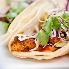 6 quick and easy summer recipes for healthy skin - like fish tacos! #beauty