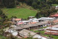 Conoce el Turismo Vivencial en La Granja Porcón.  Un solo lugar reúne el agroturismo, la naturaleza e intercambio cultural, una mezcla exitosa entre una granja de animales, una organización evangélica y una cooperativa que ha llevado lo que es hoy en día la Granja Porcón, situado a 30 kilómetros de la ciudad de Cajamarca, y que invita al turista a estar más en contacto con la naturaleza.