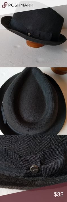 Stetson grey Fedora Gently used condition, please see photos. Ribbon with Stetson button around brim. Size L/XL Stetson Accessories Hats