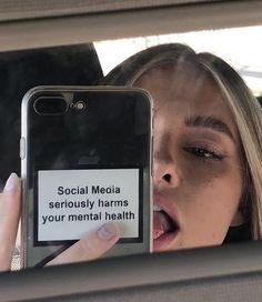 "𝒎𝒖𝒔𝒆. ✨ on Twitter: ""… "" Girls Mirror, Mirror Pic, Mirror Selfies, Car Mirror, Diy Phone Case, Cute Phone Cases, Aesthetic Photo, Aesthetic Girl, Instagram Feed"