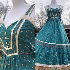 70's Gunne Sax Turquoise Floral Midi Sundress Sz S | Etsy Lovely Dresses, Vintage Dresses, Vintage Outfits, Vintage Fashion, Vintage Style, Vintage Clothing, Hippie Dresses, Hippy Dress, Midi Sundress