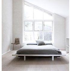 De binnenkijker van deze week: Scandinavisch droomhuis in Kopenhagen ❤️ (link in bio) // #binnenkijker #kopenhagen #copenhagen #interior #interiordesign #interieur #interieurstyling #interieurdesign  #scandinavian #scandinavisch