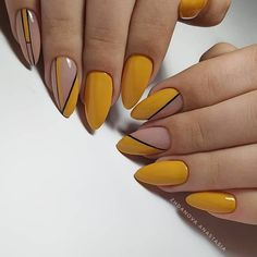 What Christmas manicure to choose for a festive mood - My Nails Manicure Nail Designs, Manicure E Pedicure, Nail Art Designs, Cute Acrylic Nails, Glitter Nails, Cute Nails, Yellow Nails Design, Yellow Nail Art, Geometric Nail