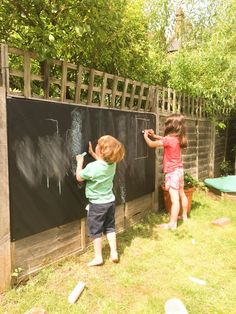 listoflovelythings: Confessions of a heavily pregnant summer holiday parent! Children's blackboard in the garden. Great ways to keep children entertained in the garden.