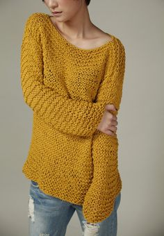 Simple is the best - Hand knitted Woman Sweater Eco Cotton Oversized in Mustard Yellow Loom Knitting, Hand Knitting, Knitting Patterns, Beige Trenchcoat, Oversize Pullover, Knit Basket, Loose Knit Sweaters, Chunky Yarn, Crochet Fashion
