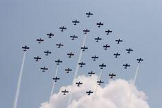 formazione di  flotte di aerei