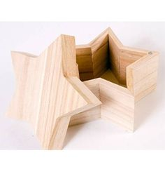 Plaid ® Wood Surfaces - Star Box. Plaid Wood Surfaces are ready to paint, stain, decoupage, woodburn or embellish. Create a groovy project or show your allegiance with this high quality, smooth finish wooden shape.