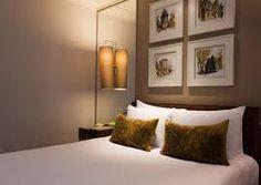 schlafzimmer gestaltung ideen apricot beige braun indirekte beleuchtung wand schlafzimmer. Black Bedroom Furniture Sets. Home Design Ideas