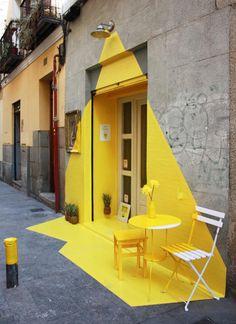 Somos Fos - a vibrant installation designed for a vegan restaurant in Madrid. (fos) restaurant in Madrid, geniale! Instalation Art, Ephemeral Art, Mellow Yellow, Yellow Art, Color Yellow, Yellow Sign, Yellow Painting, Light Painting, Painting Art