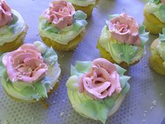 I don't get excited by cupcakes, but the buttercream frosting/flowers are definitely worth it.