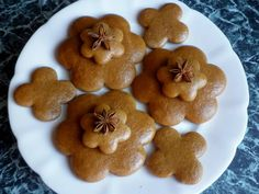 Medovníčky,ktoré netvrdnú Christmas Sweets, Christmas Baking, Christmas Cookies, Oreo Cupcakes, Croatian Recipes, Gingerbread Cookies, Nutella, Cooker, Sweet Tooth