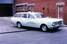 Ford technical information TSB's DIY's. Old Police Cars, Ford Police, Emergency Vehicles, Police Vehicles, Ford Granada, Aussie Muscle Cars, Victoria Police, Australian Cars, Ford Falcon