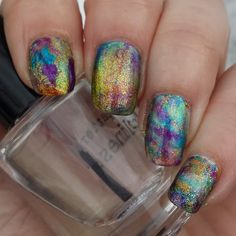 40 Great Nail Art Ideas- Glitter topper or Flakie