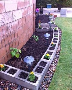 Garden Border Ideas 37 Creative Lawn And Garden Edging Ideas With Images Planted Well, Yard Border Ideas 37 Creative Lawn And Garden Edging Ideas With, Top 28 Surprisingly Awesome Garden Bed Edging Ideas Amazing Diy, Border Edging Ideas, Lawn Edging, Wood Edging, Garden Border Edging, Concrete Edging, Concrete Fence, Outdoor Projects, Garden Projects, Diy Projects
