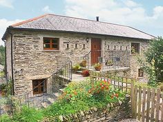 #CornwallHoliday #Camelford #CornishCottage  The Milking Barn is a stunning barn conversion in a superb location just 3.5 miles from the North Cornish Coast. This holiday home, adjoining the owners' home, retains a huge amount of character whilst offering all conveniences.  http://www.chooseacottage.co.uk/cwa/the-milking-barn-w41906