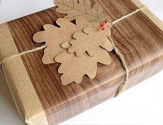 http://inredningsvis.se/8-tips-sla-in-julklappar/  8 tips på personliga sätt att slå in julklappar - Inredningsvis